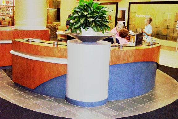 srmc-hospital-desk2