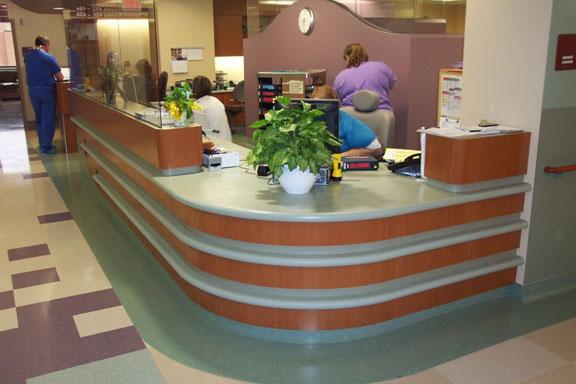 srmc-hospital-desk4