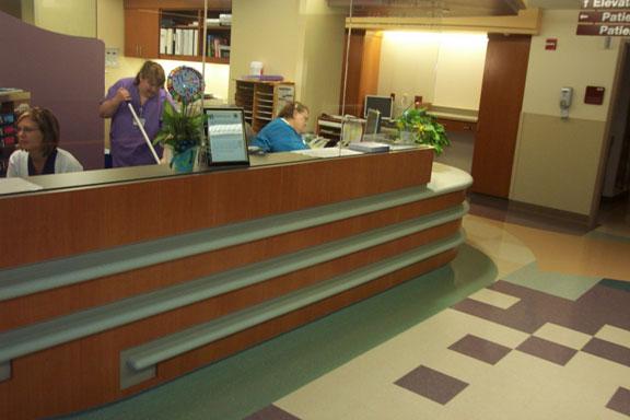 srmc-hospital-desk5