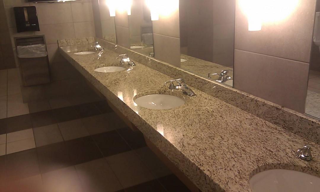 Consol Arena restroom
